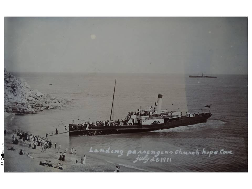 051-Landing_passengers_at_Church_Ope-P502_34