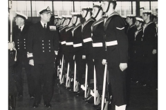 Admiral_inspecting_Ratings