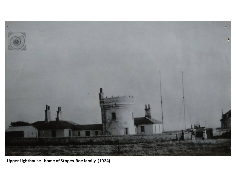 08-Upper_Lighthouse-home_of_Stopes-Roe_family-1924