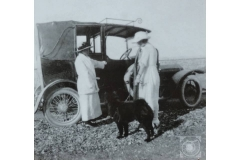 07-FH-MS-TH_and_Wuffles-UL1923