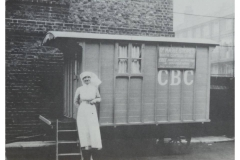 16-Mobile_Fam_Planning_Clinis-c1920
