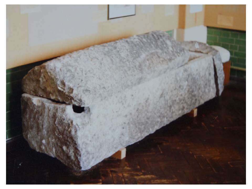 79_13-Stone_Coffin