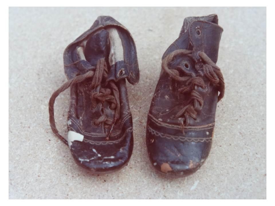 79_6-Shoes