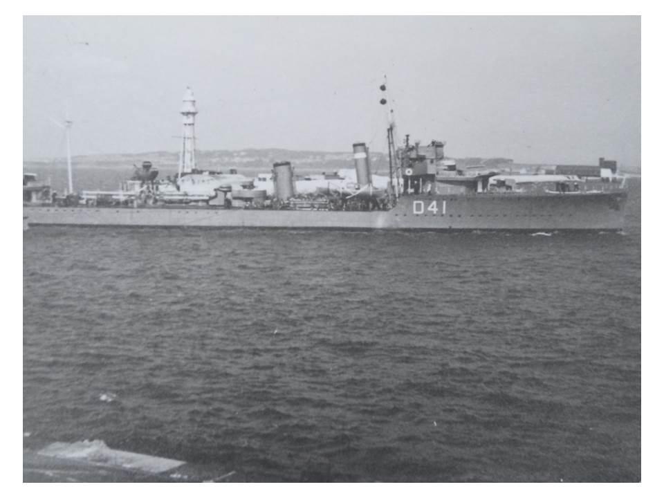 195_4-Destroyer-D41