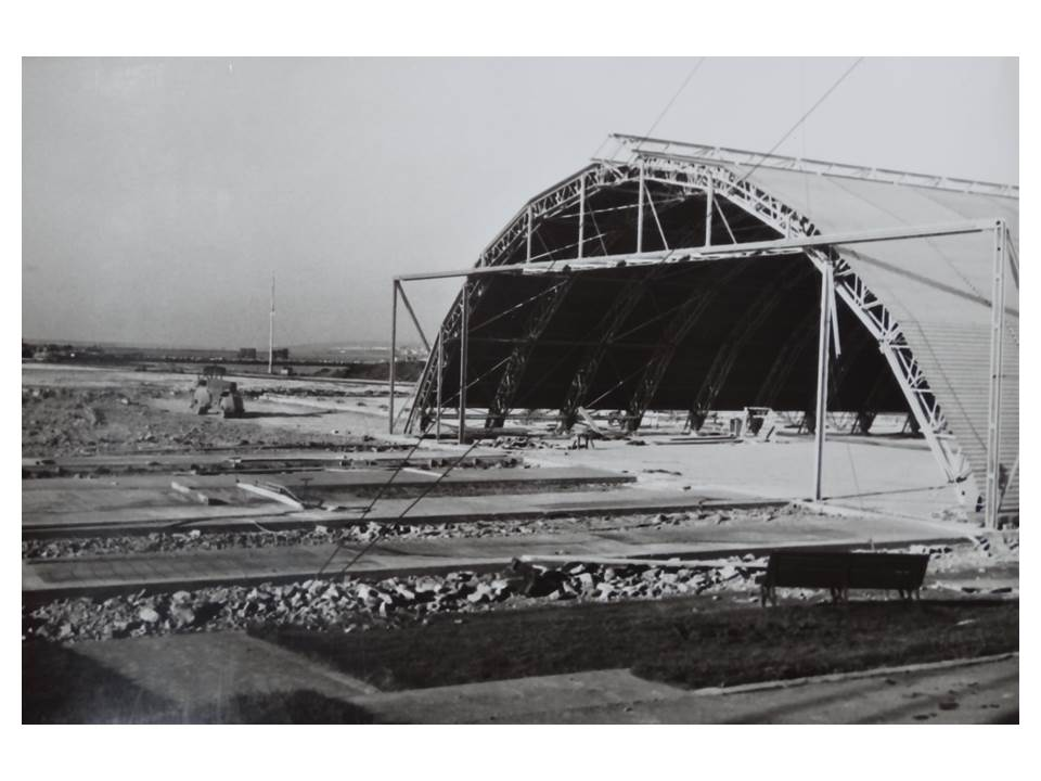 Construction_of_Helicopter_Hanger-1962-3