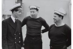 Crew_members_HMS_LEOPARD