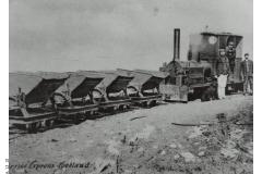 12_10-Hopper_Train