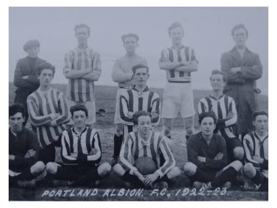 109_17-Portland_Albion_1922-23